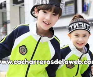Colegios con uniformes inteligentes en China